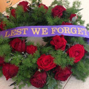 all-rose-medium-wreath-150