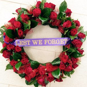 large-red-rose-wreath-250