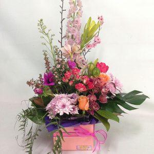 sweet-delight-box-arrangement